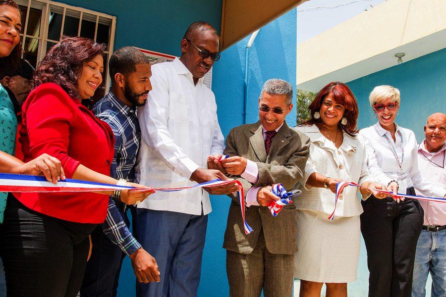 PROMESE/CAL inaugura Farmacia del Pueblo