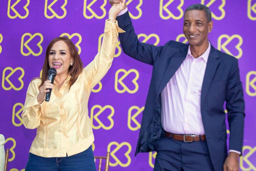 Radhamés Fortuna pasa apoyar a Karen Ricardo