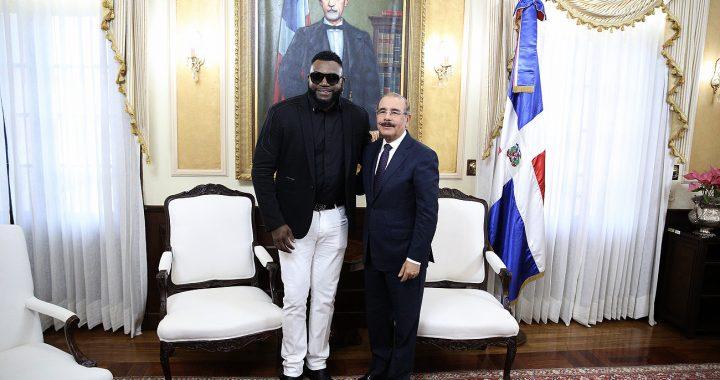 David Ortiz visita a Danilo Medina
