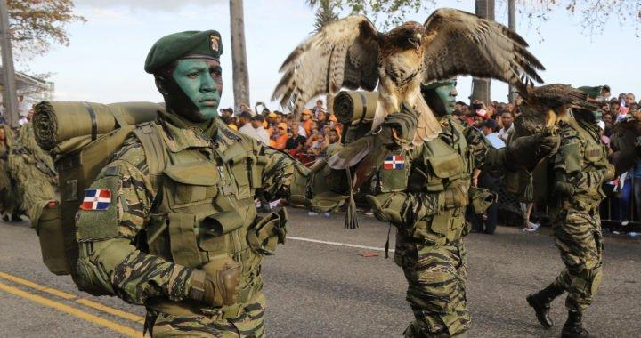MIDE invita a la población al desfile militar