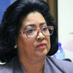 Cristina Lizardo continuará entregando raciones alimenticias