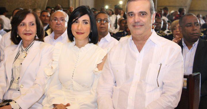 Twit de esposa de Luis Abinader enciende las redes sociales