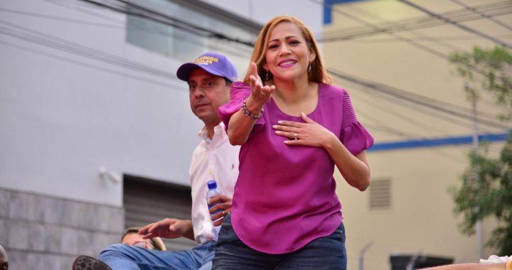 Francis Jorge asegura Domingo Contreras trabajará en favor de la mujer y la familia