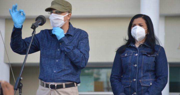 Manuel Jiménez inicia su gestión con operativo de limpieza y fumigación