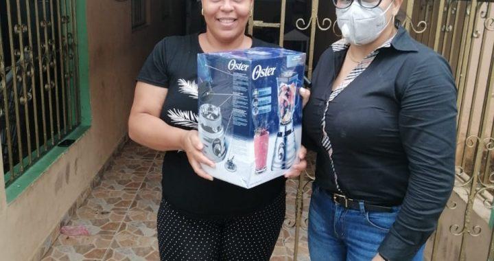 Danilo Mesa celebra Día de las Madres