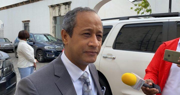Proponen abogado César Amadeo Peralta como Procurador