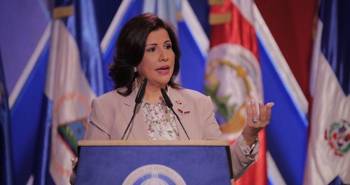 Margarita Cedeño agradece a Dios por darle el privilegio de trabajar por su país