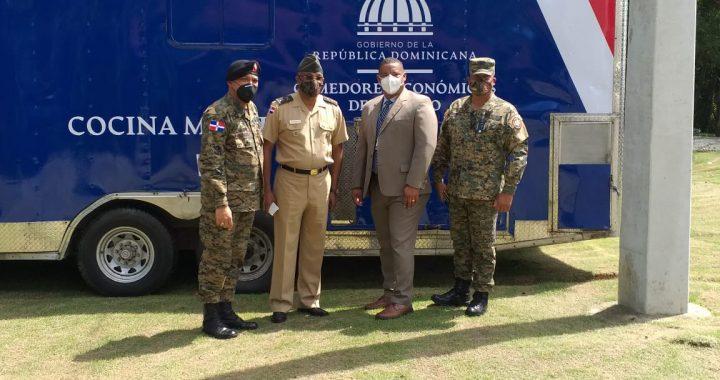 Comedores Económicos instalan cocina móvil en sede del Ejército