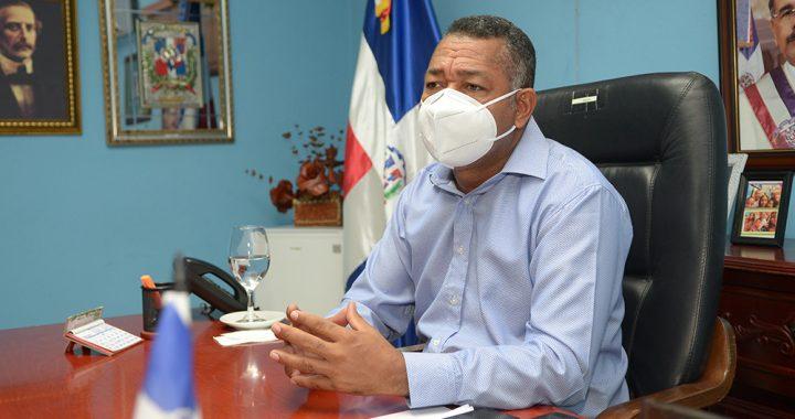 Alcalde de Boca Chica designa nueva directora de Bienestar Social