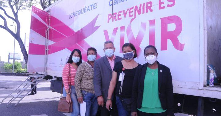 Regidor realiza operativo contra el cáncer
