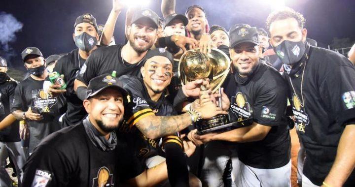 Águilas Cibaeñas se coronan campeones