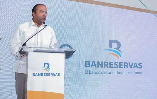Banreservas apoyará productores de arroz