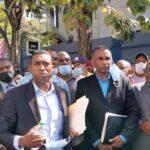 Militares y policías retirados marchan en reclamo de aumento salarial