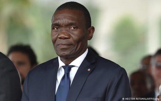 Senado nombra un presidente provisional de Haití