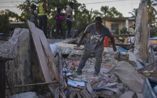Gobierno haitiano llama a la unidad para afrontar daños por el terremoto
