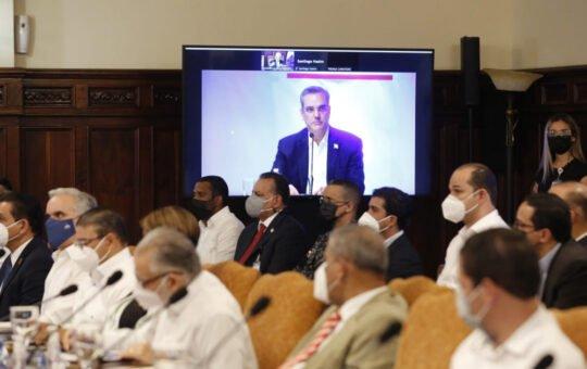 Abinader anuncia medidas en beneficio de la comunidad dominicana en New York