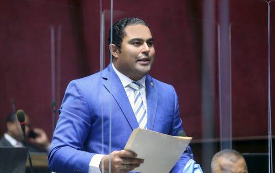Diputado  pide a nuevo director de PN evitar abusos contra motociclistas